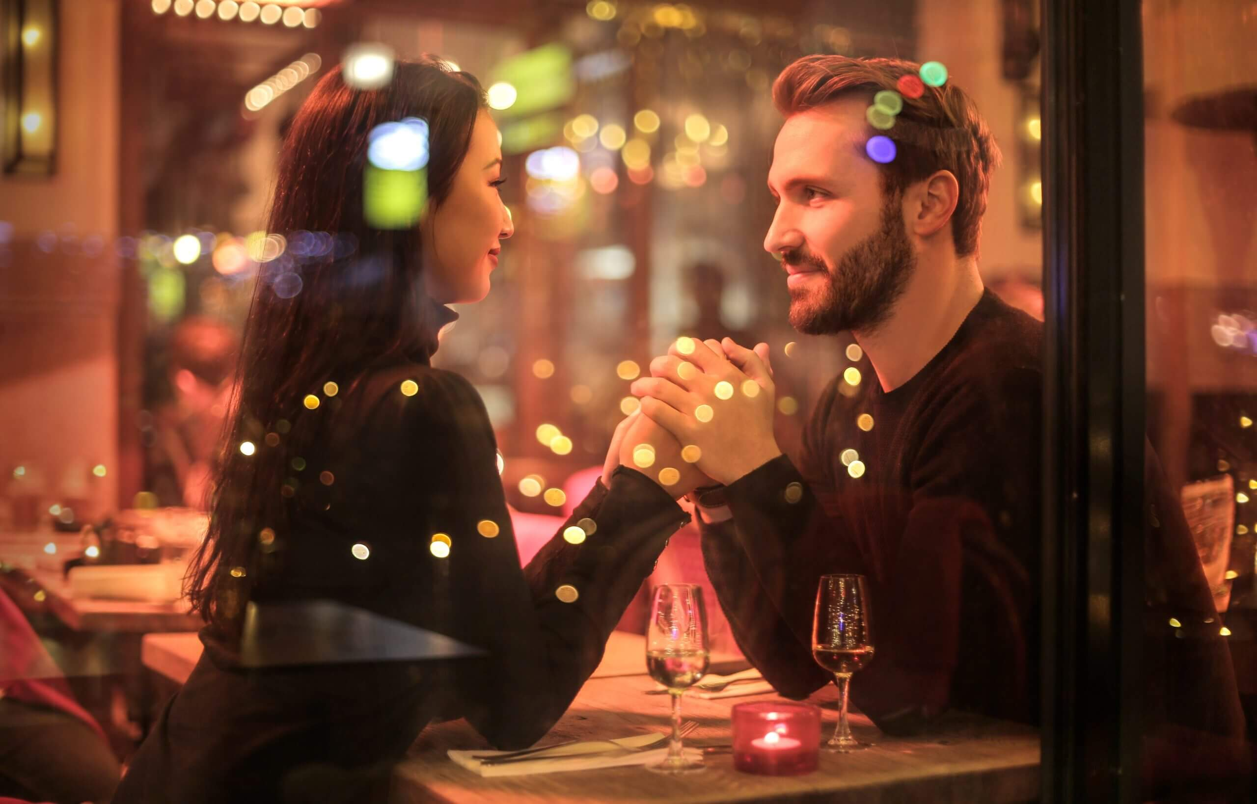 couple dining dating
