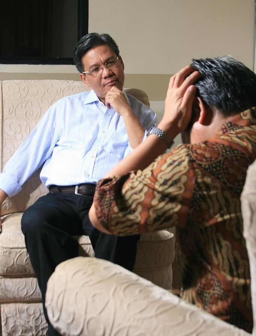 counseling with man, individual therapy, treatment